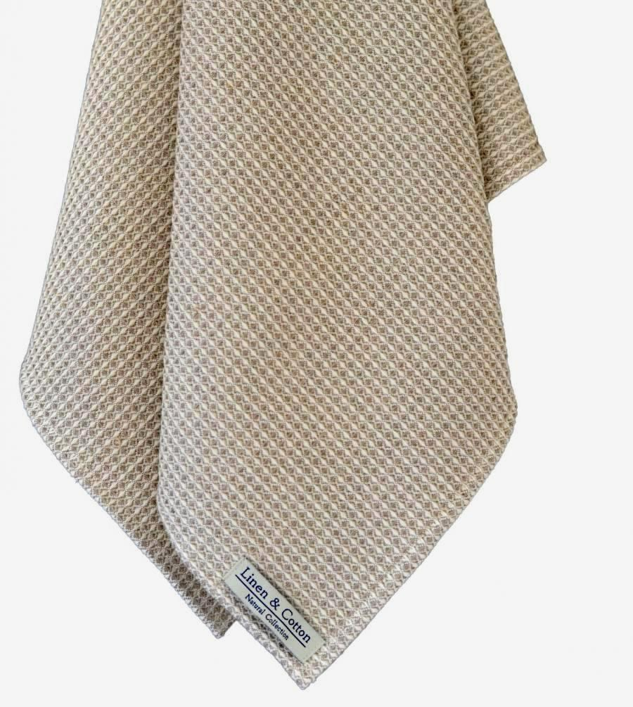 Linen Waffle Towels: White. $ Based on traditional European towels, Fog uses raw linen to create a textile that is long-lasting and gets softer & more absorbent with each wash. Plus, the waffle texture gently exfoliates as you dry. Sizes sold separately.