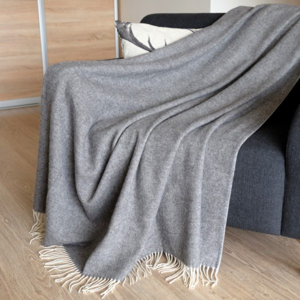 Luxury Extra Soft Sofa Bed Throw / Blanket STONEWOLD- 100% FINE MERINO WOOL ((140 x 200cm (55'' x 80''), Gray)