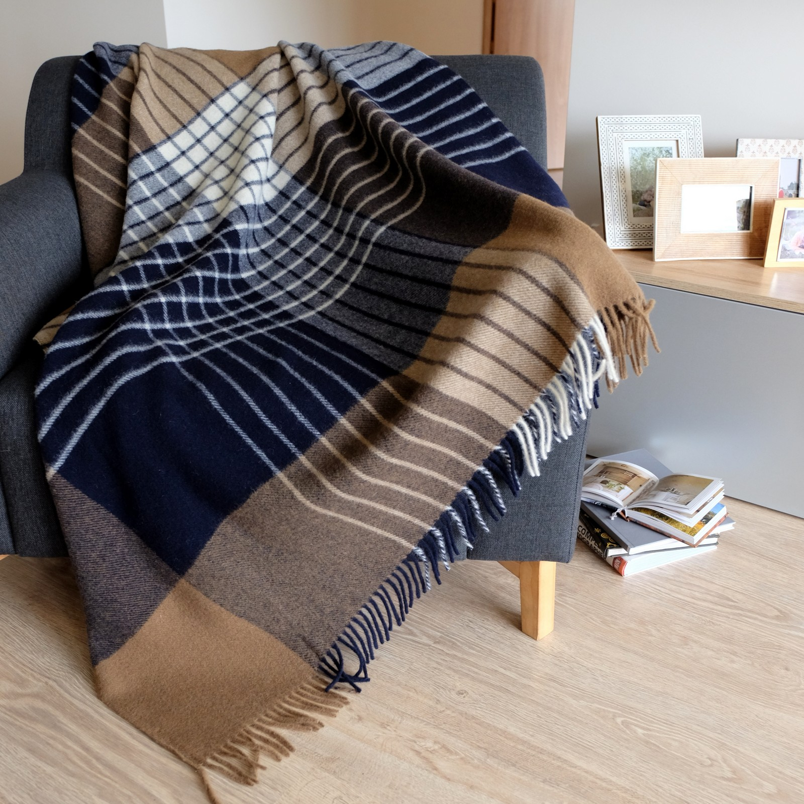 Luxury extra soft sofa bed throw blanket maori 100 for Sofa bed new zealand
